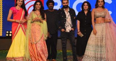 Ismart shankar movie promotion in vijayawada